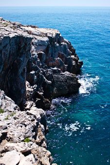 Free Rocks In The Sea Stock Images - 28480074