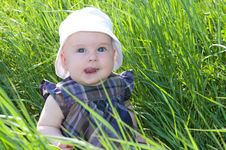 Free Child On Grass Royalty Free Stock Photo - 28495555