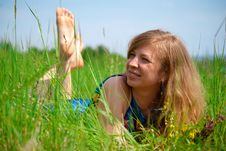 Free Women Lying In Meadow Stock Photography - 28498292