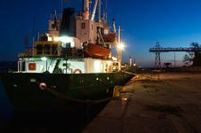 Free Ship At Harbor At Dusk Royalty Free Stock Photo - 2855705