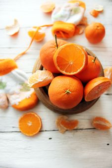 Free Bowl Of Oranges Stock Image - 28500221