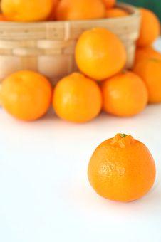 Free Basket Of Oranges Royalty Free Stock Image - 28502756
