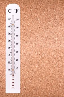 Free Corkboard With Thermometer Royalty Free Stock Photo - 28503055