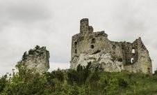 Free Ruins Of The Castle Stock Images - 28504184