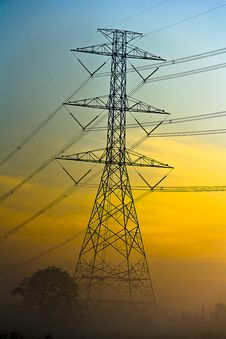 Free High Voltage Electric Tower Stock Image - 28505761