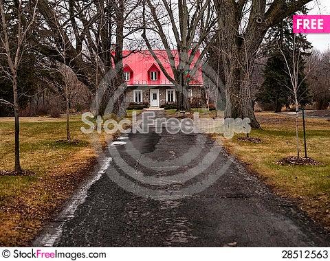 Free Path To Hamilton House Stock Photos - 28512563