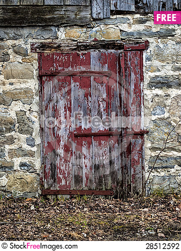 Free Side Door Of A Barn Stock Photography - 28512592