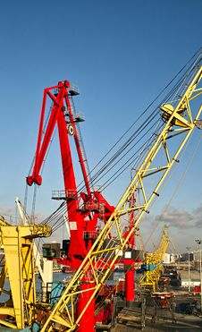 Free Crane Stock Images - 28510254