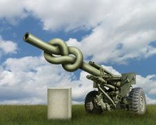 Free Artillery Gun Royalty Free Stock Image - 28513836