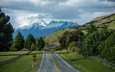 Free Along The Road In South Island New Zealand. Royalty Free Stock Image - 28515666