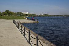 Free Empty Pier. Stock Images - 28516514