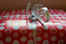 Free Christmas Present Close Up Royalty Free Stock Image - 28516936