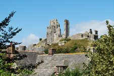 Free Corfe Castle, Dorset Royalty Free Stock Photos - 28520498