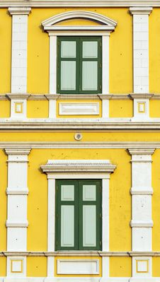Free Yellow Windows Wall Royalty Free Stock Image - 28523946