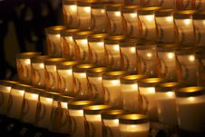 Free Candle At Notre Dame Royalty Free Stock Photography - 28534617
