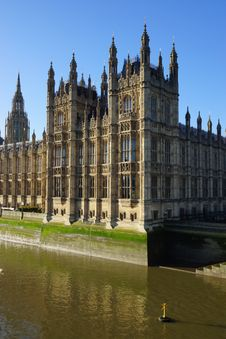 Free The Palace Of Westminster Stock Photo - 28537590