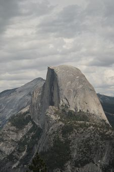 Free Half Dome Cloudy Royalty Free Stock Photos - 28554038