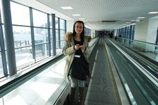 Free Girl In Airport Royalty Free Stock Images - 28557649