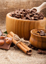 Free Coffee Beans In A Wooden Bowl On Burlap Background Royalty Free Stock Photo - 28565275
