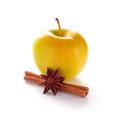 Free Yellow Apple With Cinnamon Stick And Anise Royalty Free Stock Images - 28567309