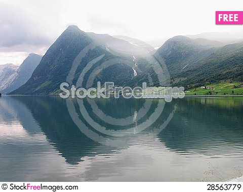 Free Fjord And Mountains Norway Royalty Free Stock Images - 28563779
