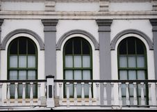 Free Three Windows Royalty Free Stock Photography - 28572567