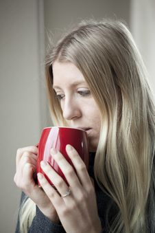 Free Young Woman Drinking Coffee Stock Image - 28579921