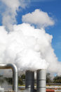 Free Geothermal Power Plant Pipes And Steam Royalty Free Stock Photography - 28580197
