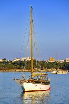 Free Sailboat In Majorca Royalty Free Stock Photo - 28583825