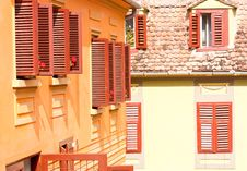 Free Old Red Windows Stock Photo - 28587460