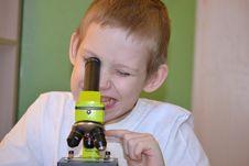 Free Teenager And Microscope Stock Photo - 28588790