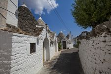 Free Alberobello Trulli Italy Village Stock Photo - 28588870