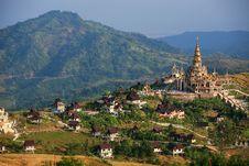 Free Temple Landscape At Khao Kho Royalty Free Stock Photos - 28592958