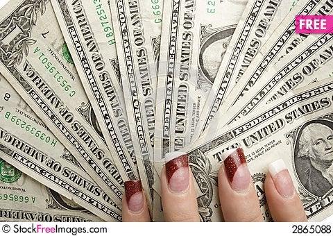 Free Feminine Hands Holding Money Royalty Free Stock Photos - 2865088
