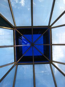 Free Glass Rooftop Ceiling Royalty Free Stock Image - 2863266