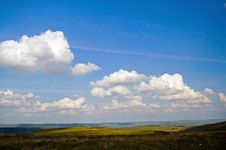 Free Peak District And Clouds Royalty Free Stock Photography - 2863407