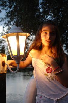 Free Romantic Girl Royalty Free Stock Photography - 2866437