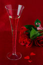 Free A Glass Of Champagne And Red Roses  For Valentine&x27;s Day Royalty Free Stock Photo - 28602305