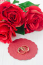 Free Red Roses And Rings For Valentine&x27;s Day Royalty Free Stock Images - 28602589