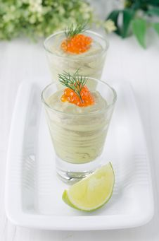 Avocado Mousse With Caviar And Lime Portions Top View Royalty Free Stock Images