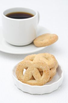 Free Sugar Cookies And A Cup Of Coffee Royalty Free Stock Photos - 28602758