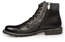 Free Classical Black Leather Mans Boot Royalty Free Stock Images - 28609209