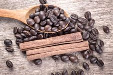 Free Ingredients For Gourmet Coffee Royalty Free Stock Photography - 28626207