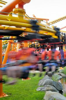 Free Rollercoasters Rides Stock Image - 28629691