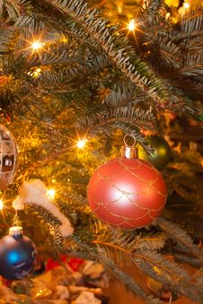 Free Christmas Tree Ornaments Stock Image - 28630371