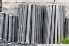 Free Stack Of Many Concrete Drainage Pipe Royalty Free Stock Photography - 28639327