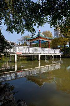 Chinese Pavilion Bridge In Lake Royalty Free Stock Photo