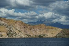 Free Saguaro Lake 3 Royalty Free Stock Photos - 28646298
