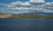 Free Saguaro Lake 5 Royalty Free Stock Images - 28646349