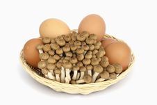 Free Egg And Mushroom Stock Photography - 28654102